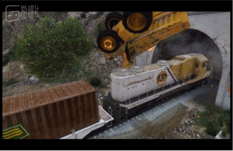火车这种东西,在游戏里总是被折腾的对象