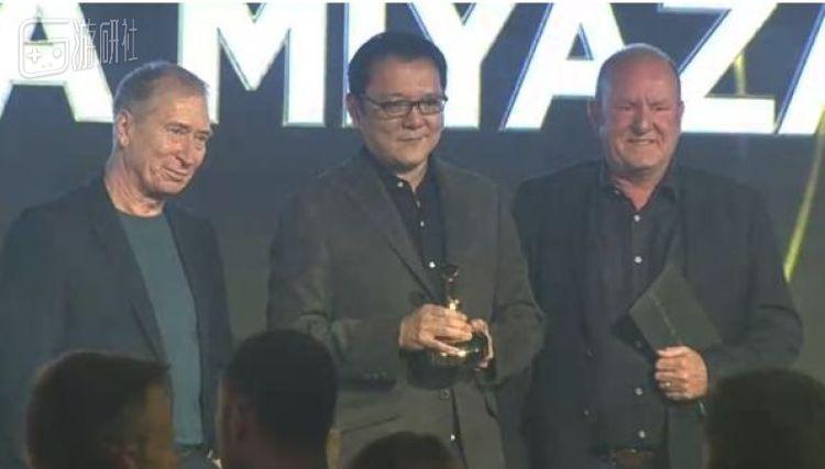 """2018年宮崎英高就已獲得英國遊戲產業大獎的""""金搖桿""""終身獎"""